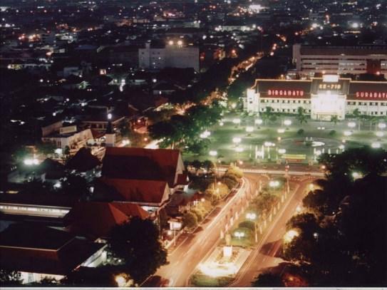 Kerlap Kerlip Lampu di Kota